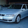 VECTRA 2.2 CD 16V AUT 4P