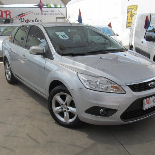 FOCUS 2.0 SEDAN GLX 16V DURATEC 4P